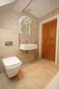 En-Suite Shower 1