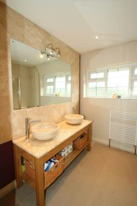 En Suite Shower Aspect 3