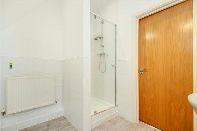 Second Floor Bathroom Aspect 2