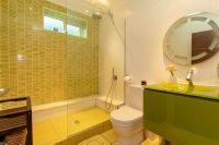 En Suite Shower 3