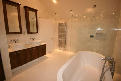 Upper En Suite Bathroom 1