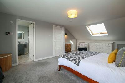 Principal Bedroom 4 Aspect 2