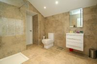 Jack & Jill En Suite Shower 2