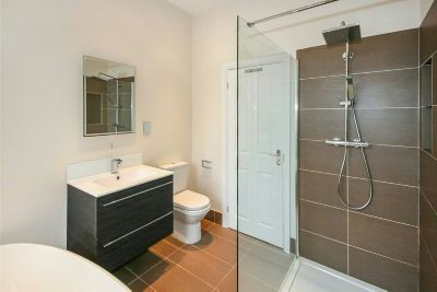 En Suite Bathroom Angle 2