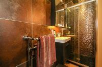 En Suite Shower Room 4