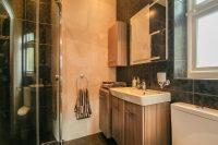 En Suite Shower Room 5