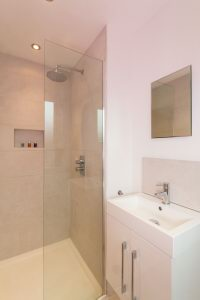 En Suite Shower Room 2