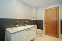 Bathroom 2 Aspect 2