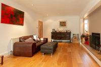 Family Living Room 4