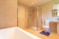 Bathroom Two Aspect 2