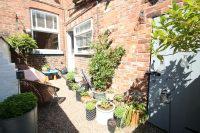 Courtyard Garden 2