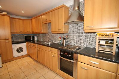 Kitchen Area 2