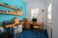 Bedroom 3 Study Area