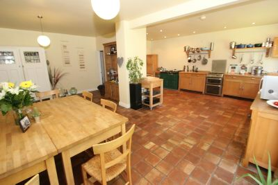 Open Plan Dining Kitchen 3