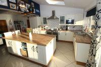 Breakfast Kitchen 5