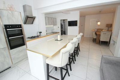 Open Plan Dining Kitchen 4
